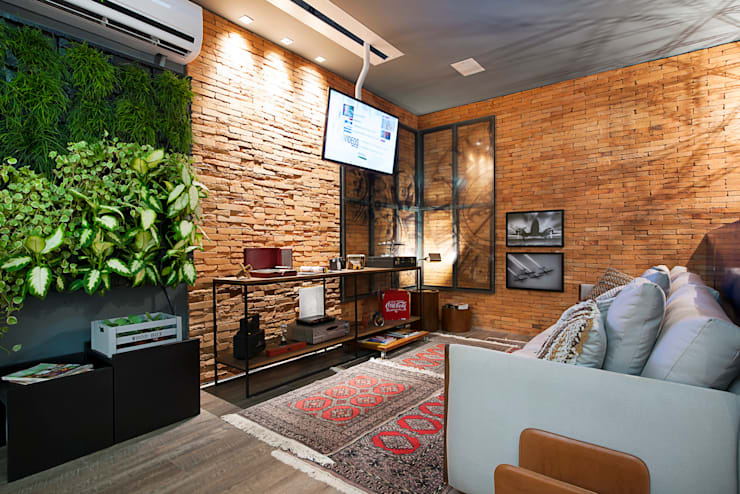 Livings de estilo moderno por Cristiane Locatelli Arquitetos & Associados
