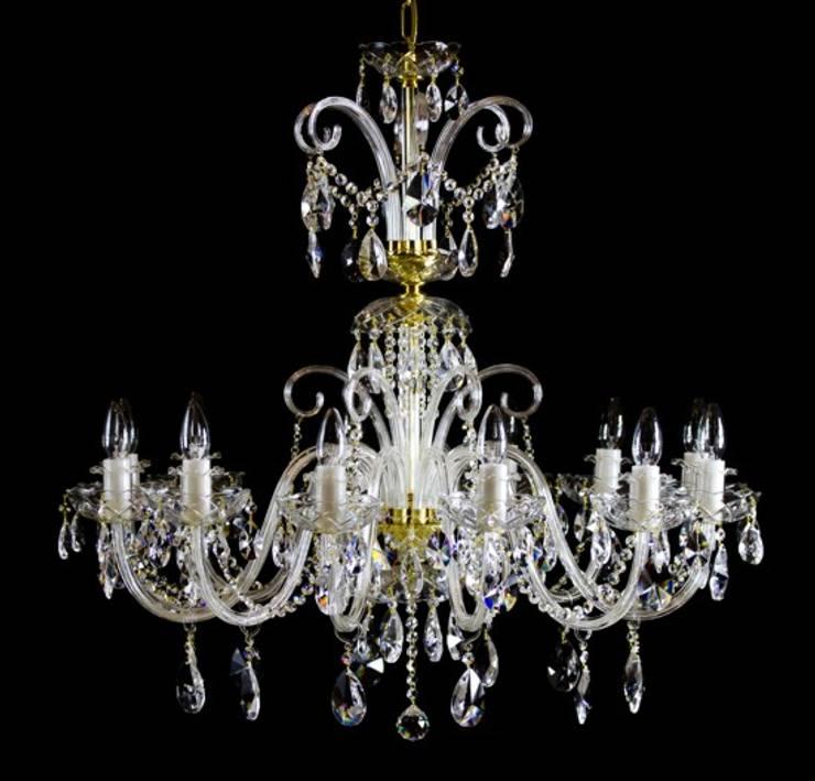 GLAMOURE CRYSTAL 12: styl , w kategorii Salon zaprojektowany przez Crystal Light,