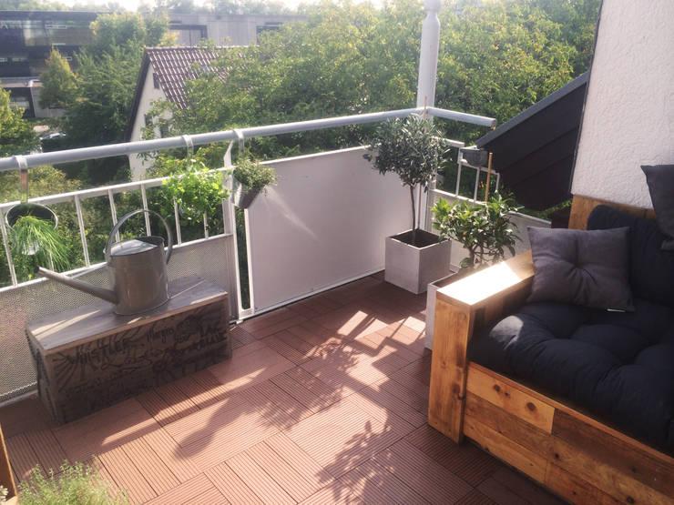 Balkon nachher:  Terrasse von Esther Jonitz