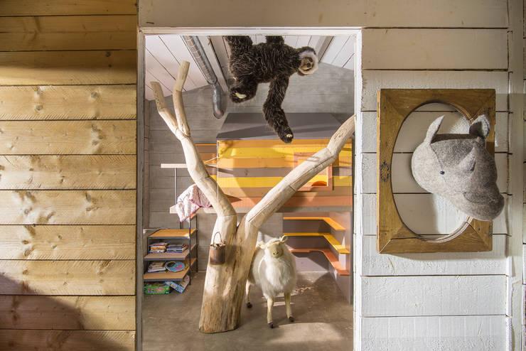 Projekty,  Pokój dziecięcy zaprojektowane przez Tabary Le Lay