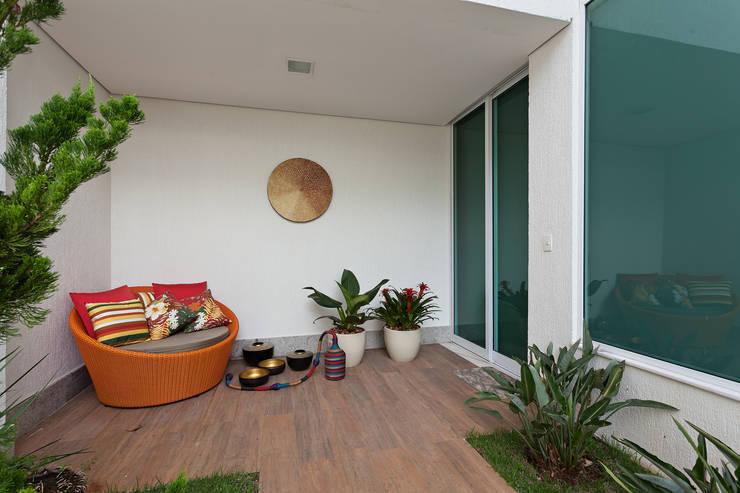 Projekty,  Taras zaprojektowane przez Lucas Lage Arquitetura