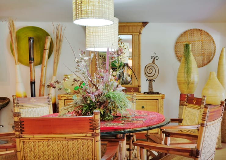 asian Dining room by Excelencia en Diseño