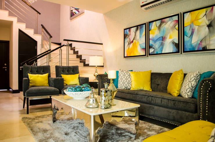 INTERIORISMO RESIDENCIAL: Salas de estilo  por DOS TINTAS Home&Decor