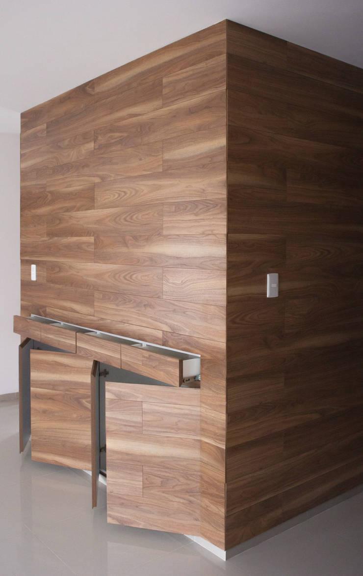 ESPACIOS DE GUARDADO Vestidores minimalistas de Región 4 Arquitectura Minimalista