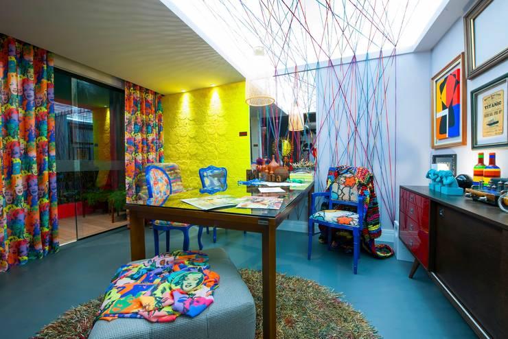 Cristiane Locatelli Arquitetos & Associados:  tarz Çalışma Odası