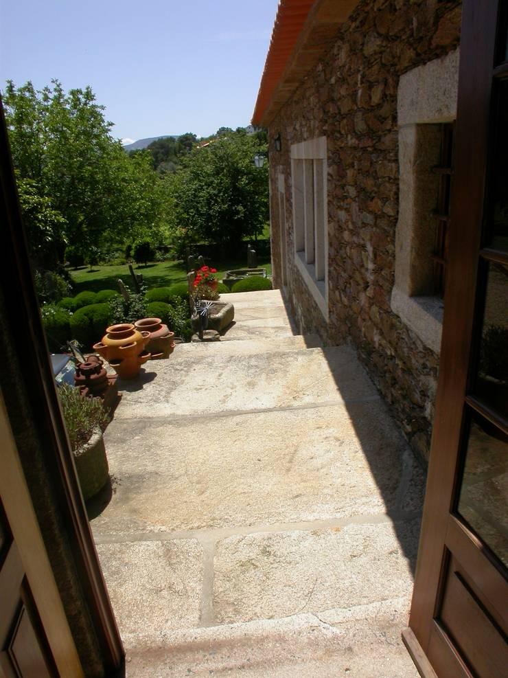Quinta da Cantareira: Terraços  por Borges de Macedo, Arquitectura.