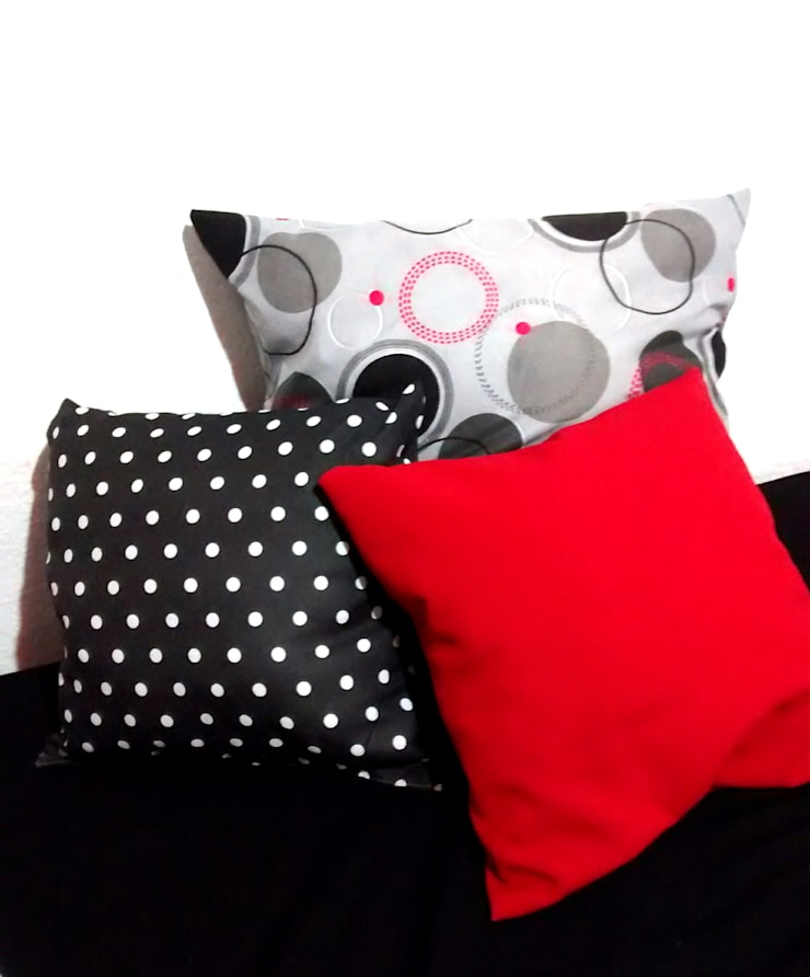 Red, black and white. de Ofelia Design Minimalista