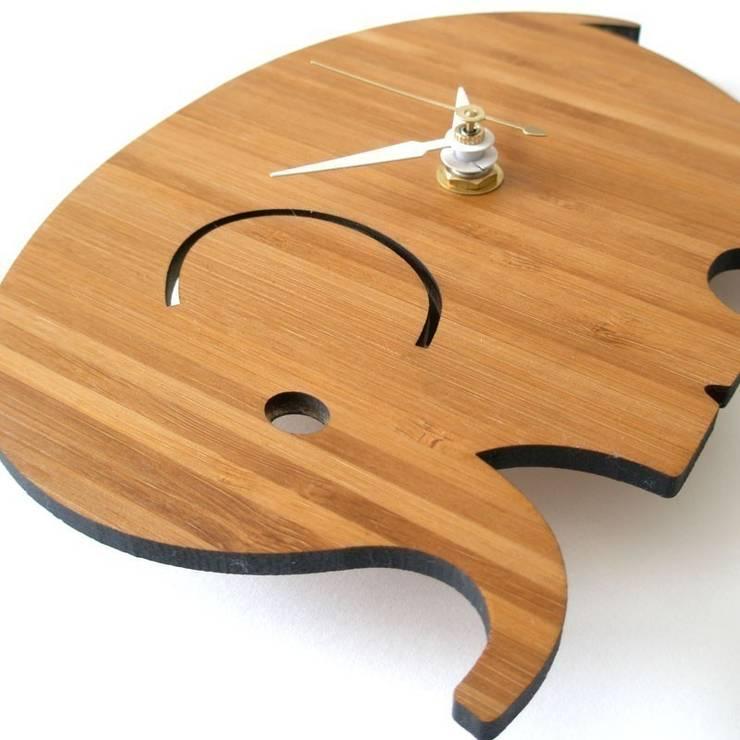 디코이랩 아기코끼리 우드 벽시계(Decoylab Elephant Wall Clock Small): Brillian Co.의  아이 방