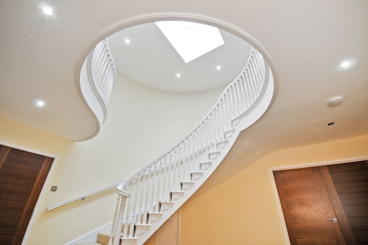 ระเบียงและโถงทางเดิน by Concept Eight Architects