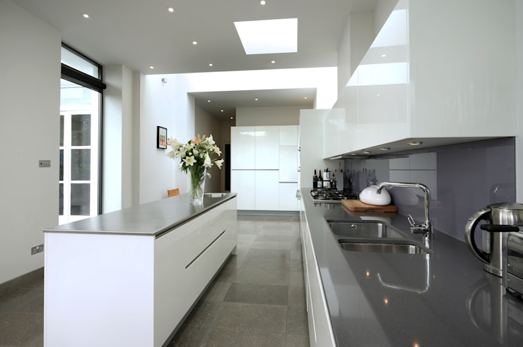 Merton Hall Road: modern Kitchen by Concept Eight Architects