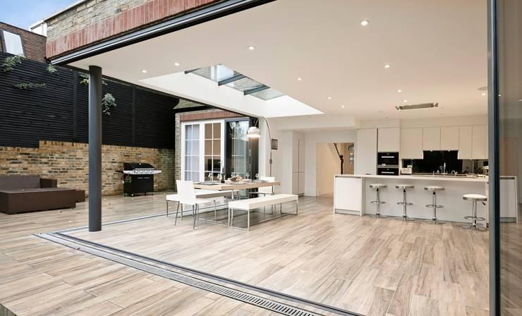 Cocinas de estilo  por Concept Eight Architects, Moderno