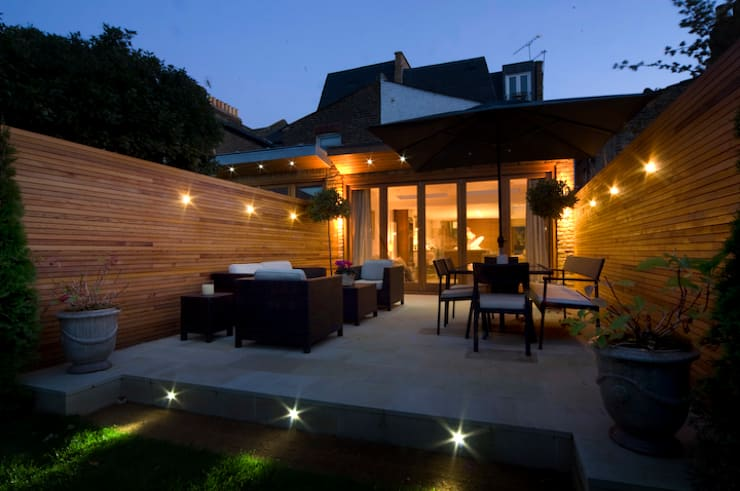 Swaffield Road:  Garden by Concept Eight Architects