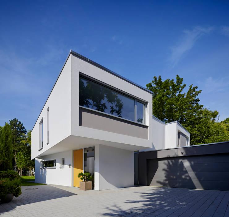 Projekty, nowoczesne Domy zaprojektowane przez Marcus Hofbauer Architekt