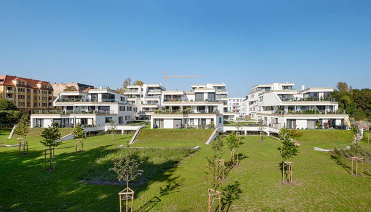Neubau Terrassenwohnen Elbbahnhof:  Häuser von arc architekturconzept GmbH