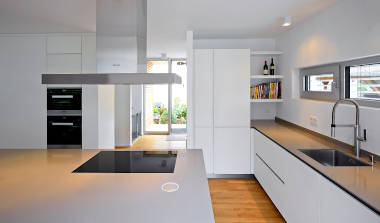 Kitchen by Marcus Hofbauer Architekt