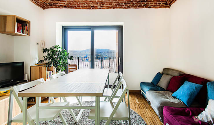 lake house: Sala da pranzo in stile in stile Moderno di Principioattivo Architecture Group Srl