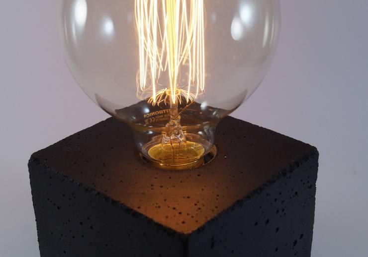 """Betonlampe. Tischlampe. """"cubo/black"""":  Kinderzimmer von Uniikat.de,"""