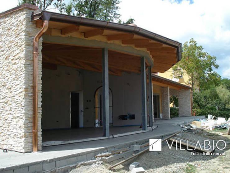 Villa Anna a Molare: Case in stile  di VillaBio