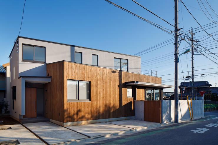 東金町の家: 向山建築設計事務所が手掛けた家です。,