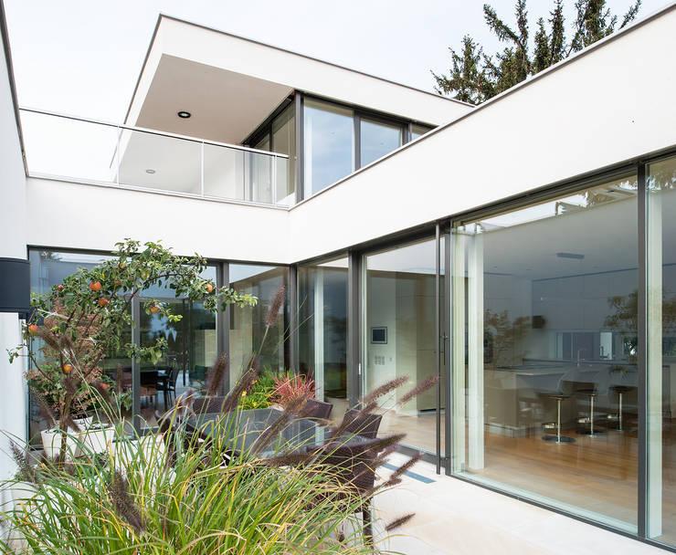 Projekty,  Ogród zimowy zaprojektowane przez Studio Berner.Stolz Architekten ZT-OG