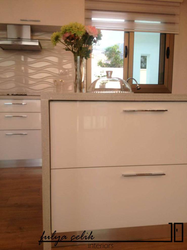 cyprus interiors – mutfak:  tarz İç Dekorasyon,