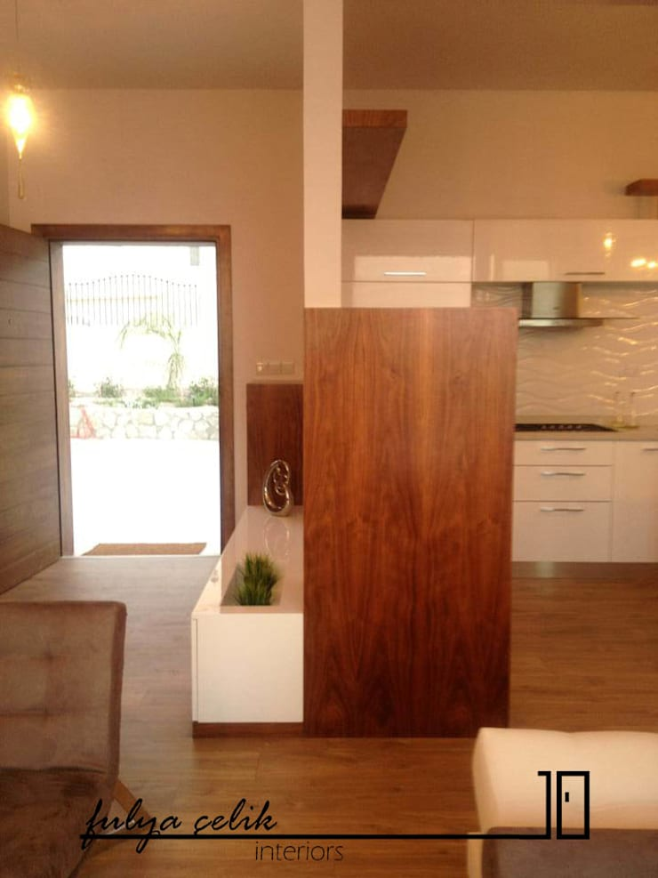 cyprus interiors – giriş ve mutfak bölümü:  tarz İç Dekorasyon,