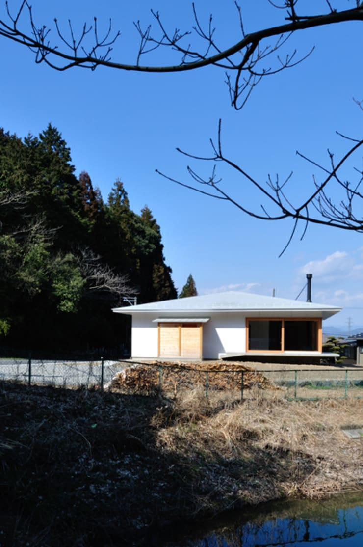 池田町の平屋: スペースワイドスタジオが手掛けた家です。