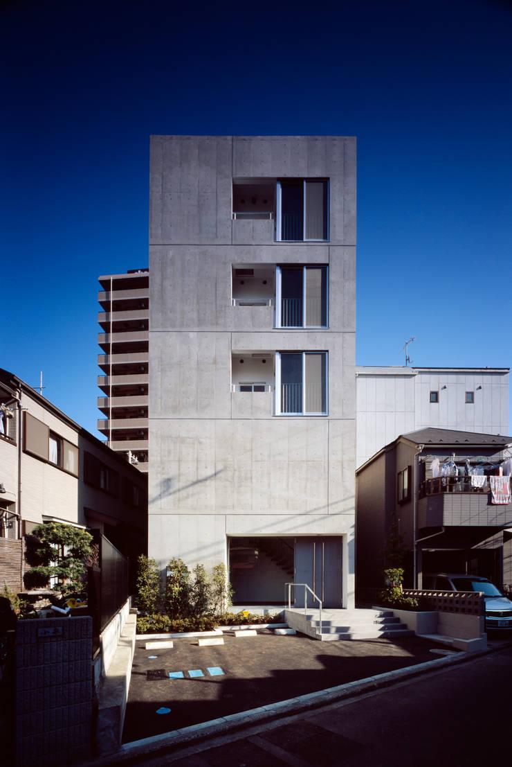 Maisons de style  par 向山建築設計事務所, Moderne