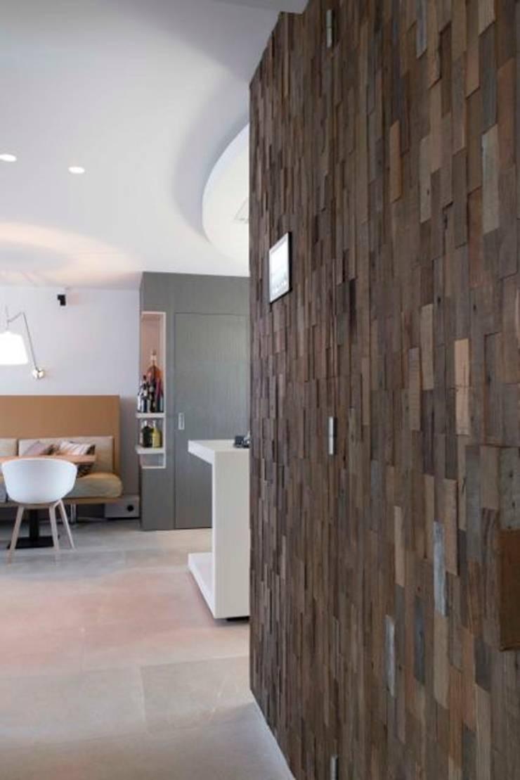 Centrale kolom:  Keuken door SMEELE Ontwerpt & Realiseert