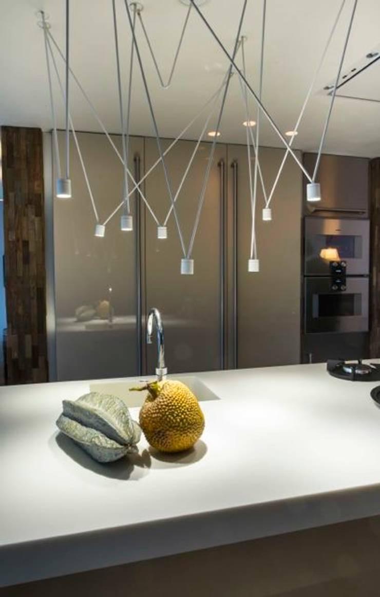 Kookeiland:  Keuken door SMEELE Ontwerpt & Realiseert