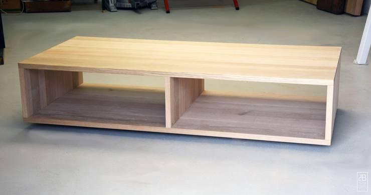 Stolik kawowy : styl , w kategorii Salon zaprojektowany przez Blaise Handmade Furniture,