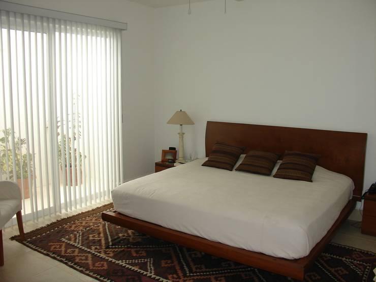 Casa habitacion en en Cozumel Quintana Roo: Recámaras de estilo  por A2 HOMES SA DE CV