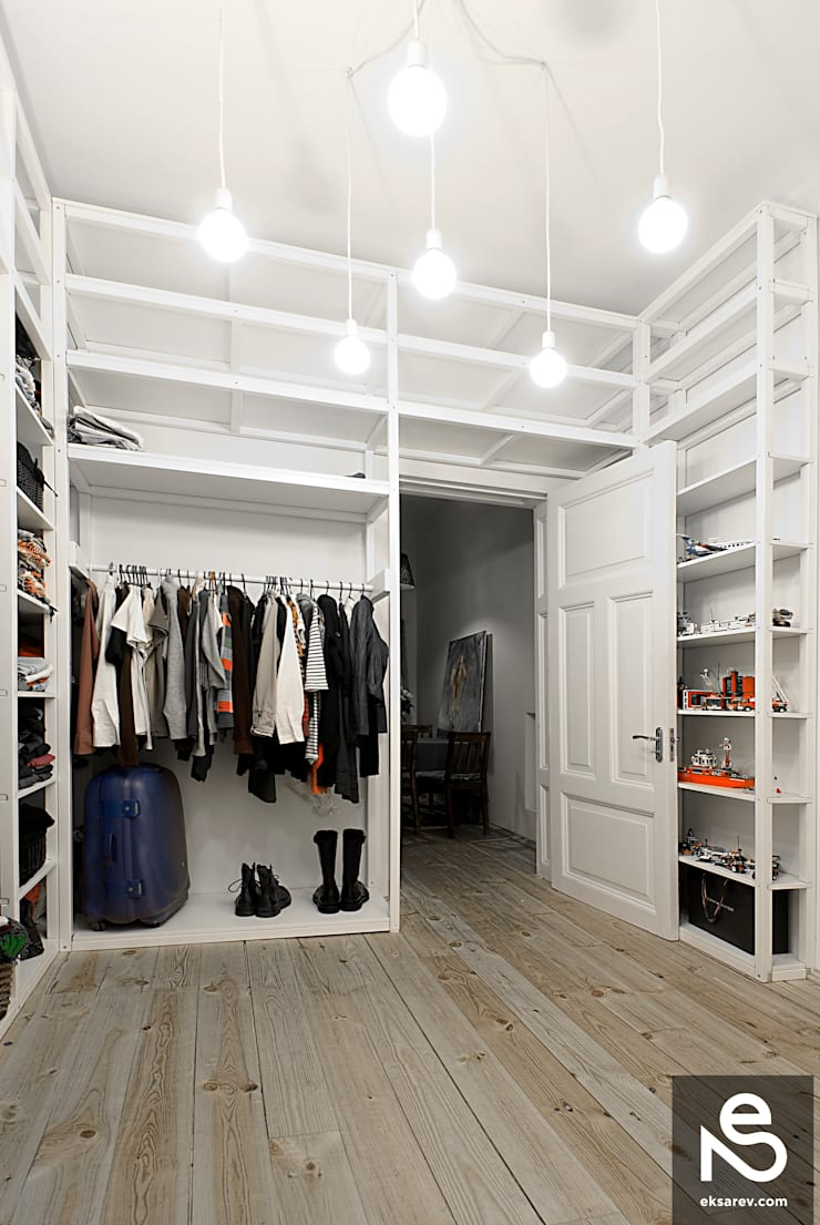 Apartment – Kanatnaja street: Гардеробные в . Автор – Studio Eksarev & Nagornaya