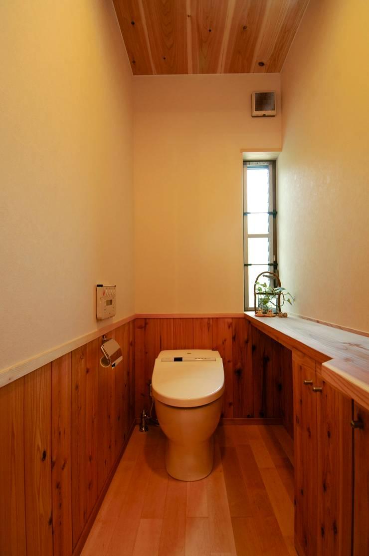 Modern bathroom by shu建築設計事務所 Modern Wood Wood effect