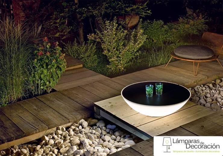 Lámparas de Diseño Foscarini: Jardines de estilo moderno de LÁMPARAS DE DECORACIÓN