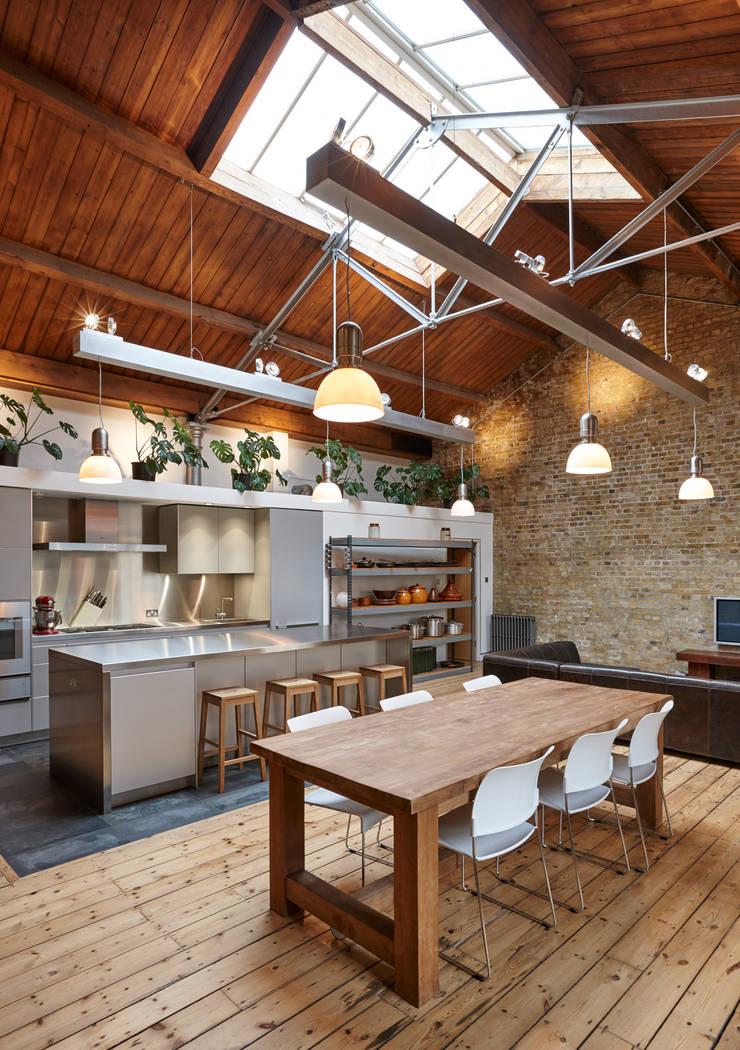 Quebec Way, Haggerston Modern kitchen by Rousseau Modern