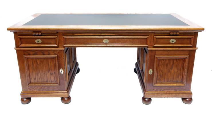 Eiche Schreibtisch mit Linoleum Schreibauflage:  Arbeitszimmer von Antiquitäten-Haus Heymann GmbH