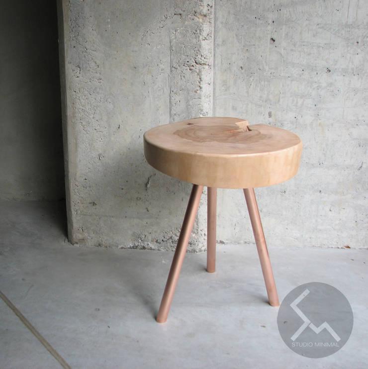 STOLIK No.14 Cu: styl , w kategorii Sypialnia zaprojektowany przez Studio Minimal Meble,