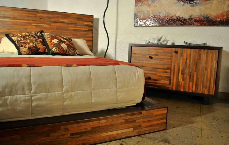 Dormitorios de estilo  de Segusino Muebles Condesa