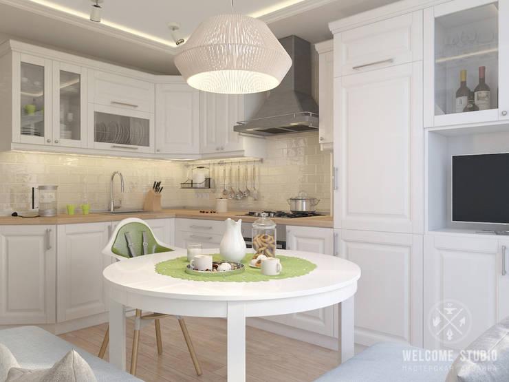 Трёхкомнатная квартира «Fresh Color» в г. Нижний Новгород: Кухни в . Автор – Мастерская дизайна Welcome Studio