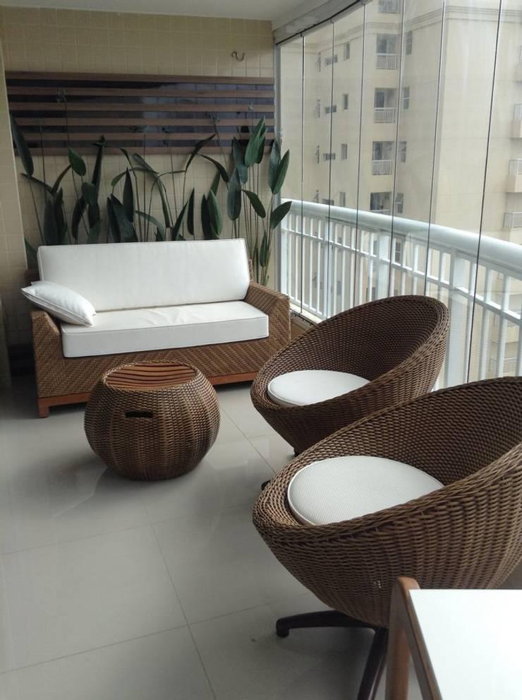 Desenho e Decoração de Apartamento no Bairro de Fátima, Fortaleza: Terraços  por 4R Arquitetura