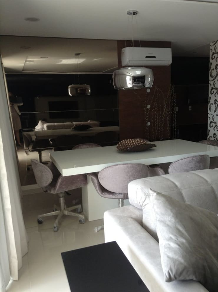 Desenho e Decoração de Apartamento no Bairro de Fátima, Fortaleza: Salas de jantar  por 4R Arquitetura