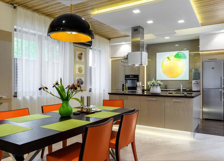 Геометрия комфорта (Дом в г.Светлогорск, Калининградская область): Кухни в . Автор – Asiya Orlova Interior Design