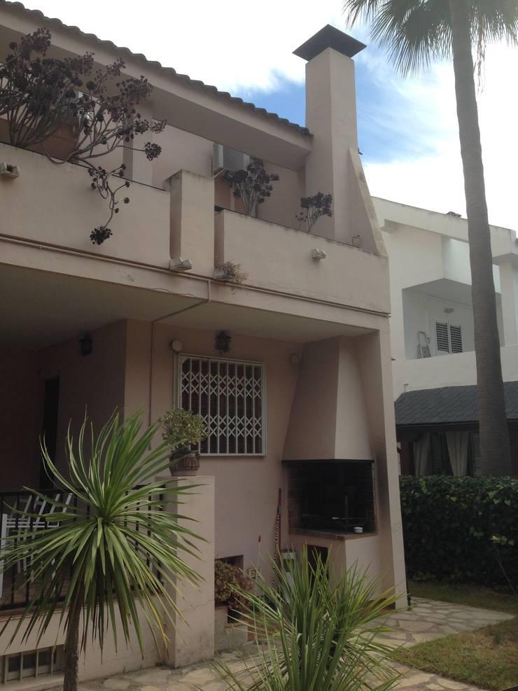 Antes de Casa de VV, en La Cañada: Casas de estilo  de acertus