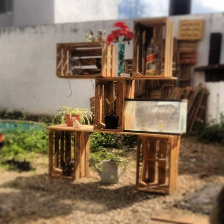 Jardín de estilo  de Punto Libre Arquitectura