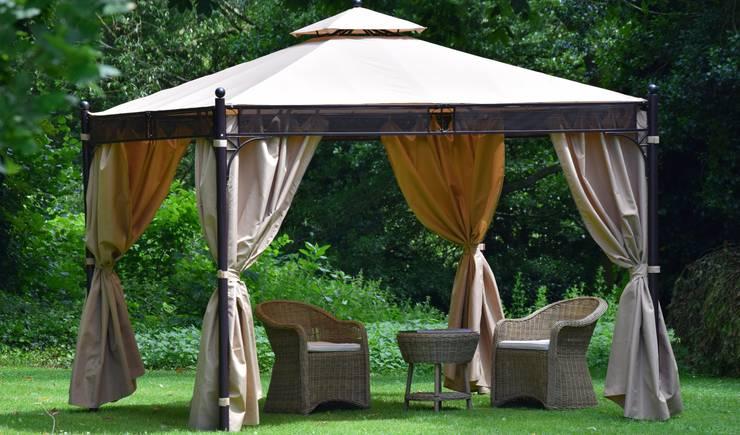 Giardino in stile in stile Moderno di World Of Weave UK Ltd