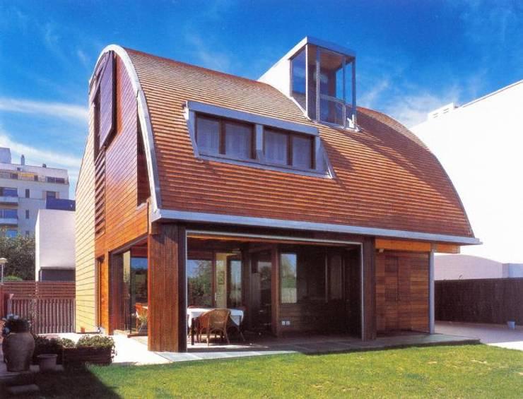 Vivienda Estudio en Tudela: Casas de estilo moderno de Glaria Estudio Arquitectura SL