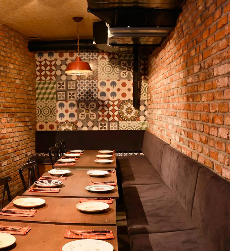 Karosiman Desenli Yer Karoları – Karosiman / La Boom Cafe:  tarz Duvarlar