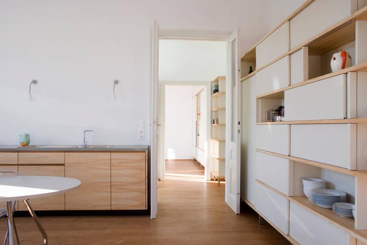 dietrich + lang architekten의  벽