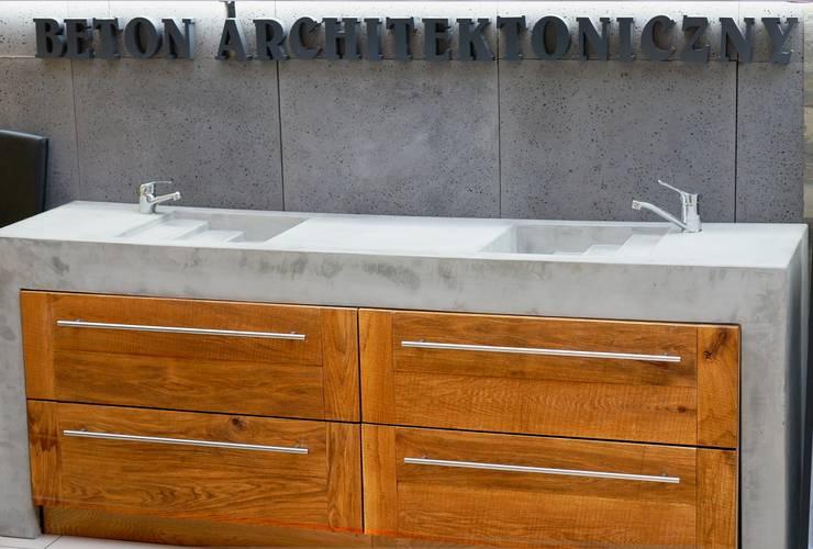 Umywalka - beton architektoniczny: styl , w kategorii Łazienka zaprojektowany przez Bettoni